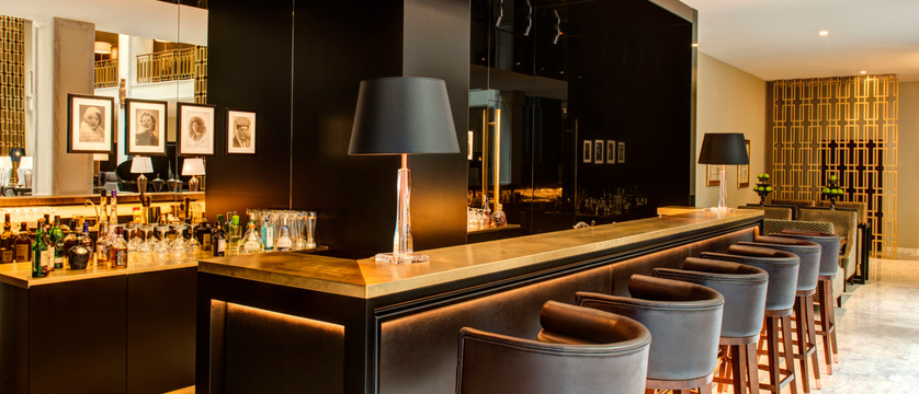 Lisbon_Hotel-TivoliAvenida-Liberdade_lobby-bar.jpg